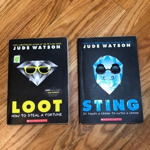 LOOT and STING by Jude Watson 2 Books